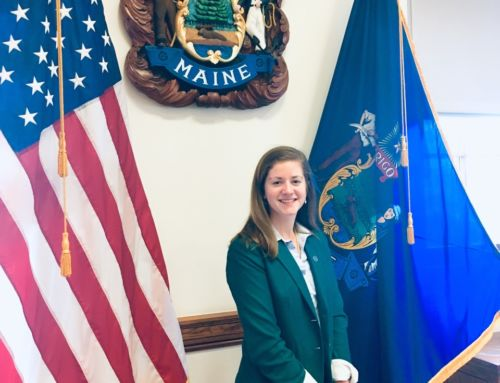 Student Body President Elizabeth Cummons '20 Selected for Maine NEW Leadership Institute